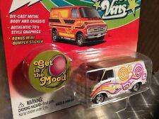 1976 Chevy van G20 white / gold  custom Boogie vans 2002 1:64 Johnny lightning