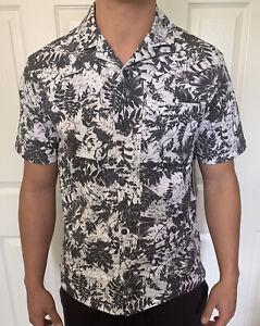 Lululemon Mens Size XL Airing Easy Camp Collar SS Shirt Gray UTWG Short Sleeve
