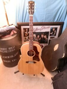 2002 GIBSON J-50 ACOUSTIC/ELECTTIC GUITAR W/ 2 CASES GIBSON H/SHELL  IMMACULATE