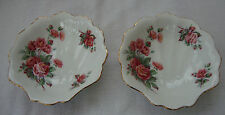 A SET OF TWO ROYAL ALBERT CENTENNIAL ROSE SHELL SHAPED TRINKET / NUT BOWLS