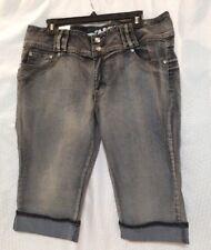 NEW D.B. Jeans Distressed Denim Jean Capri With Embellishments Size 18