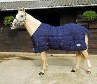 Rhinegold Orlando 300G Heavyweight Stable Quilt Horse Rug in Navy/Red