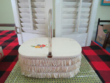 VINTAGE White STRAW Fringe WOOD LUCITE HANDLES PURSE  flowers decal