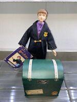 Harry Potter 2000 Hallmark Figurine Ron Weasley & Scabbers School Trunk + tags