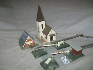 X5434 HO, EUROPEAN, FALLER HOUSE, CHURCH, LIMA GATE CROSSING
