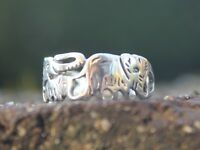 Women's and Men's 925 Sterling silver elephant family cut out ring