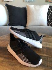 Adidas Questar Flow Running Shoe Sneakers EE8202 Size 8 Black Grey White