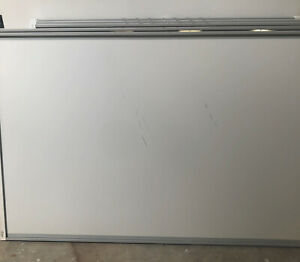 """87"""" Smart Board SBM685 InterActive Whiteboard Has Defect Check Pictures"""