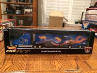 1998 Kyle Petty #44 Hot Wheels Transporter Tractor & Trailer Winston Cup Series