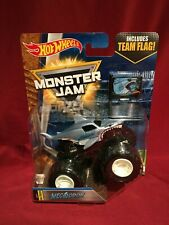 HOT WHEELS 2017 MONSTER JAM MEGALODON w/FLAG DIE-CAST *MINTY* Creatures #8/10