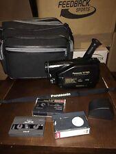 Panasonic NV-V10B VHS Caméscope Caméra Vidéo Avec Sac VHS cassettes non testés