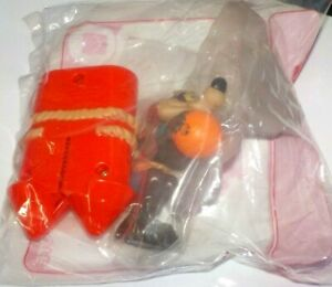2021 McDonalds Happy Meal Space Jam Toy Wile.E.Coyote. new sealed