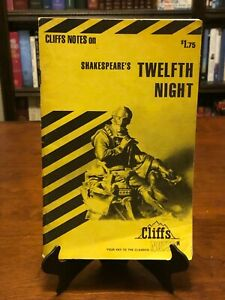 TWELFTH NIGHT by William Shakespeare (CLIFFS NOTES) 1960 - VERY GOOD COND