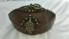 UNUSUAL OLD ETHNIC WOODEN BOX DORE COR rotter