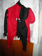 CHILDREN'S RED/BLACK JESTER HALLOWEEN COSTUME /W MATCHING HAT-LARGE (12/14)