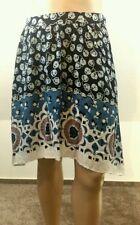 Geblümte schwingende Damenröcke in Größe 38
