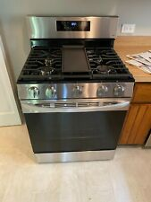 Lg 5.8 cu. ft. Wi-Fi enabled Single Oven Range with Air Fry Lrgl5823S
