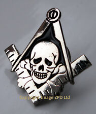 ZP313 Masonic Masons Skull and Cross Bones pin badge Square Compass Freemason