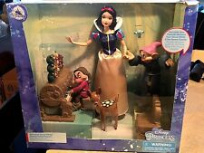Disney   Snow White  party playlet     Collector Doll Princess playlet