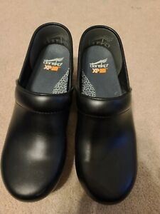 Dansko XP Clogs Shoes size 39 Black