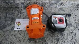 Vibco 2P-200 1/3 HP 115/230VAC Heavy Duty Electric Vibrator