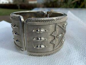 SOMMER glitzer Armreif breit, glänzend silberfarbig Armband Metall Schmuck