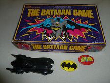 VINTAGE BOXED BOARD THE BATMAN GAME 1989 BAT MOBILE CAR BUTTON LOT DC COMICS SET