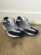 Size 7.5 Nike Air Quest 1999 Trainers Nike Swoosh Lace Up EU 42