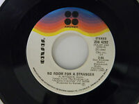 Kansas 45 NO ROOM FOR A STRANGER bw GOT TO ROCK ON   VG to VG+ vinyl Canada