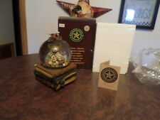 """BOYDS BEARS FOLKSTONE COLLECTION  SNOW GLOBE """"MS.FRAZZIE """" 1E/300"""