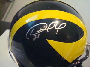 DESMOND HOWARD AUTOGRAPHED MICHIGAN WOLVERINES FOOTBALL Mini Helmet SIGNED