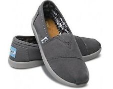Toms Classics Ash Grey Canvas Slip-on Shoes Youth Size 1