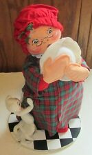 Vintage 1998 ANNALEE doll MRS CLAUS and white cat 14""