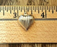 14K Yellow Gold Puffy Heart with Loop New Excellent