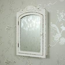 Schränke aus Holz & Glas fürs Badezimmer