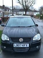 Volkswagen polo 3 door automatic black with only 31198 miles 1 year MOT
