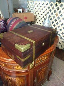 Nathan Starkey Cabinet Maker Philadelphia Traveling Mahogany lap Desk complete