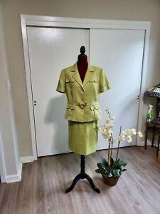 TAHARI Women's Short Sleeve Skirt Suit Lime Green gold-tone hardware sz14 P 354