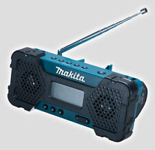 Makita MR-051 Cordless Jobsite AM/FM Radio 10.8V requires rechargeable battery