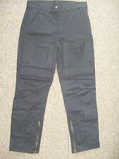Pantalones de hombre cargo negro color principal negro