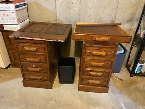 High quality Solid Oak Furniture. 6 Pieces. Desk, Bkcase, File cabinet, 3 Chairs