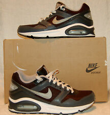 AIR MAX NAVIGATE GS NWB SIZE 6 ADULT DARK GRAY AND BLACK  WITH LITGH GRAY ON LOG
