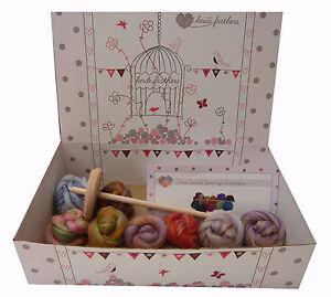 Heidifeathers® Hand Drop Spindle Spinning Starter Kit - Merino & Bamboo Wool