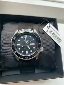 Seiko 5 Automatic Watch Coin Edge and Ceramic Bezel SRPD