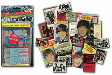 The Beatles - Beatlemania Replica Memorabilia pack
