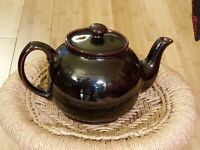 Sadler Glossy Chocolate Brown Betty Style Ceramic Teapot 2 Cups Collectible