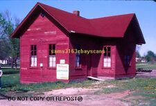 ORIGINAL SLIDE GALESBURG & GREAT EASTERN RWY DEPOT AT VICTORIA IL 1983 RARE!!!