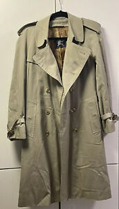 Burberry London Coat With Inner lining Zip Up & Belt Size 46 Short