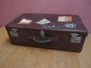 """VINTAGE """"GLOBE TROTTER"""" SUITCASE TRUNK WORKING CATCHES GOOD HANDLES 1940's"""