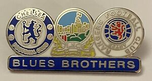 Chelsea Rangers Linfield The Blues brothers Collectable football club Pin badge
